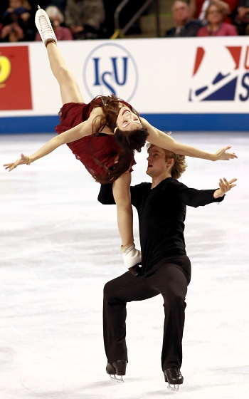 Meryl Davis and Charlie White at 2012 Skate America
