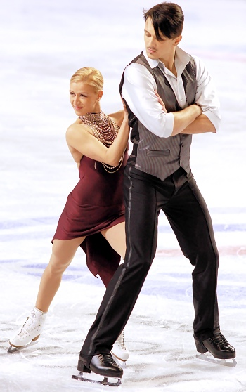Tatiana Volosozhar and Maxim Trankov at 2012 Skate America