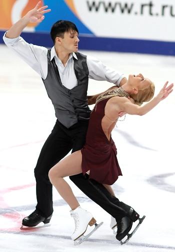 Tatiana Volosozhar and Maxim Trankov at 2012 Cup of Russia