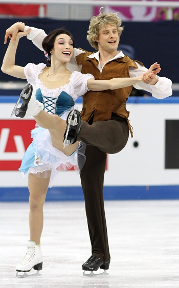 Meryl Davis and Charlie White at the 2012-13 Grand Prix Final of Figure Skating