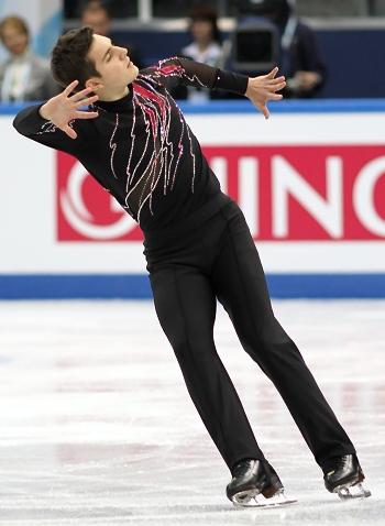 Joshua Farris at the 2012-13 Junior Grand Prix Final of Figure Skating