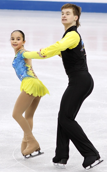 Lina Fedorova and Maxim Miroshkin at the 2012-13 Junior Grand Prix Final of Figure Skating