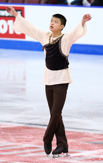 Anthony Kan performs his long program at the 2013 Canadian National Figure Skating Championships.