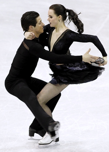 Tessa Virtue and Scott Moir perform their Free Dance at the 2013 Canadian National Figure Skating Championships.