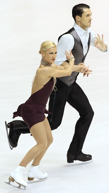 Russia's Tatiana Volosozhar and Maxim Trankov perform their Short Program at the 2013 European Figure Skating Championships.