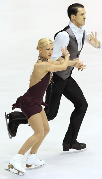 Russia's Tatiana Volosozhar and Maxim Trankov perform their Short Program at the 2013 European Figure Skating Championships.
