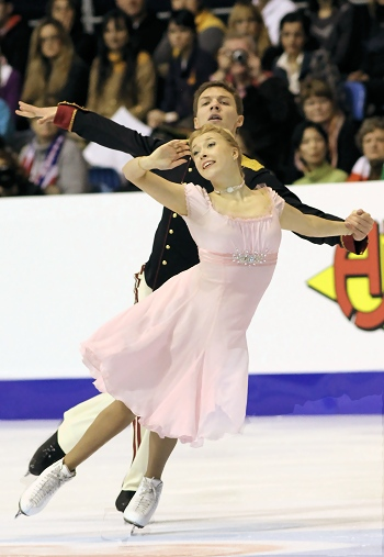 Russia's Ekaterina Bobrova and Dmitri Soloviev perform their Short Dance at the 2013 European Figure Skating Championships.