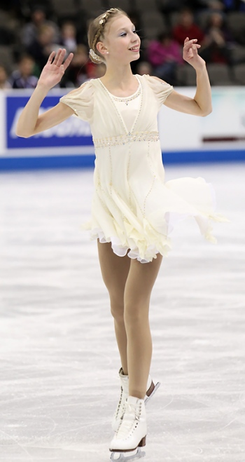 Polina Edmunds performs her Long Program at the 2013 US National Figure Skating Championships.