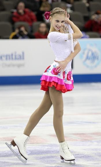 Polina Edmunds performs her Short Program at the 2013 US National Figure Skating Championships.
