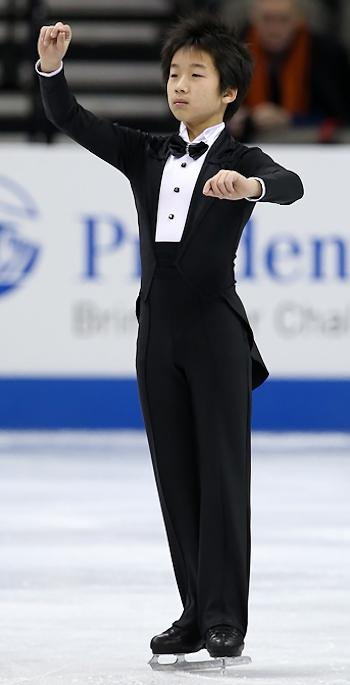 Tomoki Hiwatashi performs his Long Program at the 2013 US National Figure Skating Championships.