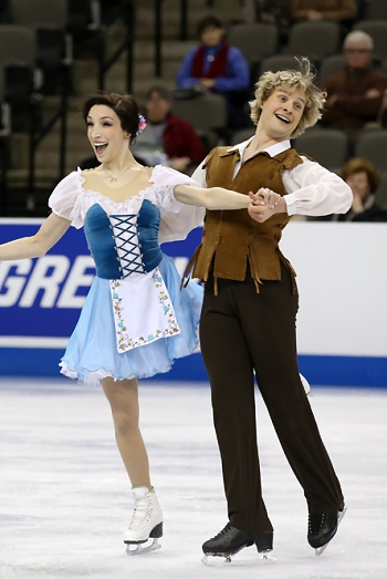 Meryl Davis and Charlie White perform their Short Dance at the 2013 US National Figure Skating Championships.